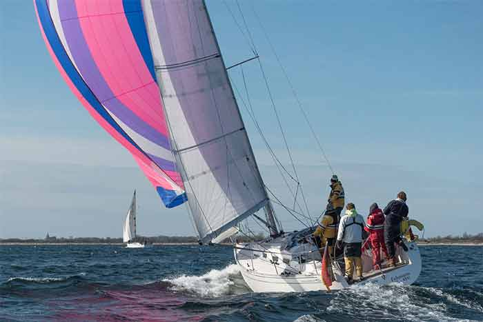 Yachtcharter Ostsee Salona37 offshore