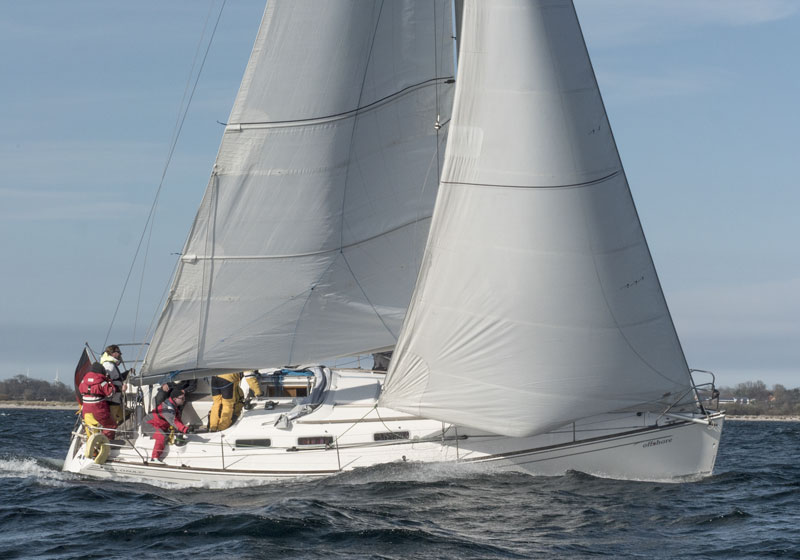 Yachtcharter Ostsee Salona37 offshore 3
